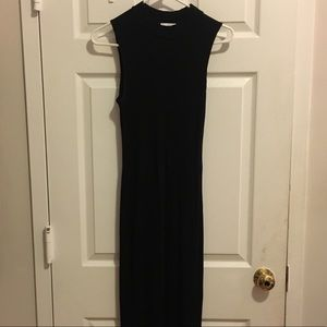 Leith Dresses - Leith Black Ribbed Midi Dress!